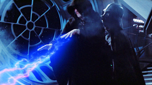 Darth-Vader-attacks-Palpatine